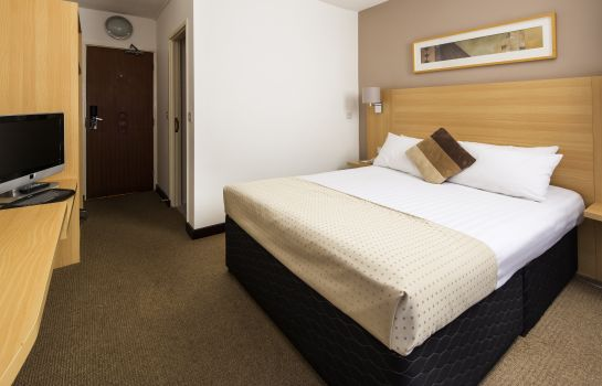 Double room (superior) Mercure London Watford Hotel