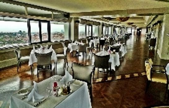 Restaurant Titanic Business Bayrampasa