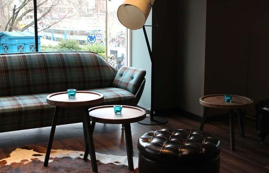 Hotel bar Motel One Edinburgh-Royal