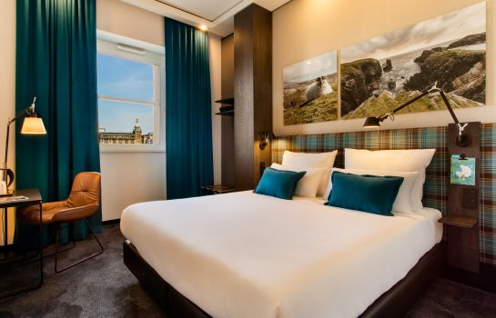 Double room (standard) Motel One Edinburgh-Royal