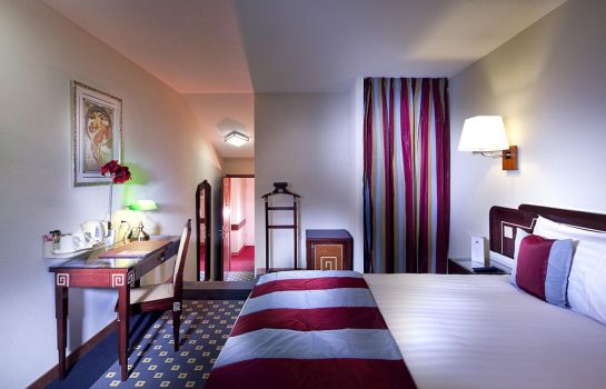 Double room (superior) Aux Remparts