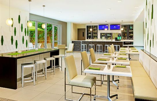 Restaurant Element Miami International Airport