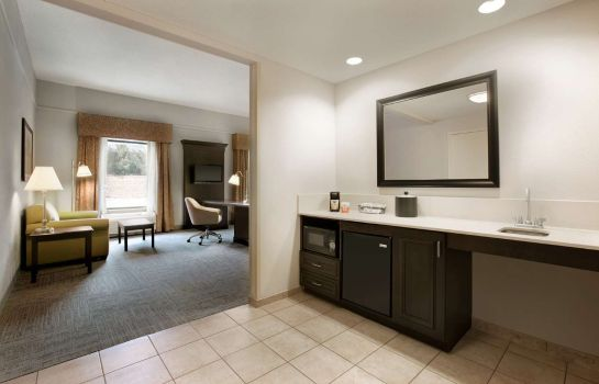 Zimmer Hampton Inn - Suites Mahwah NJ