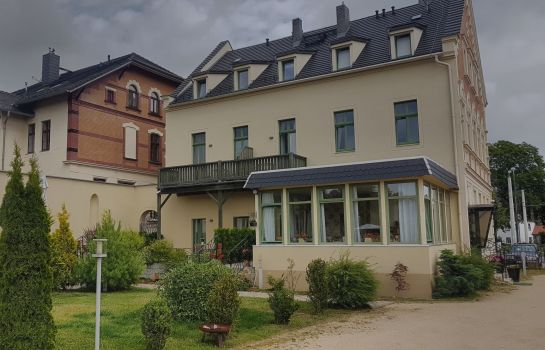 Photo Hotel und Café Burghof