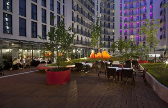 Terrasse Holiday Inn BERLIN - CENTRE ALEXANDERPLATZ