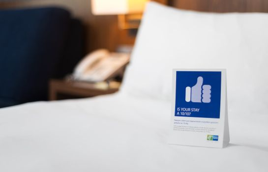 Zimmer Holiday Inn Express WARSAW AIRPORT