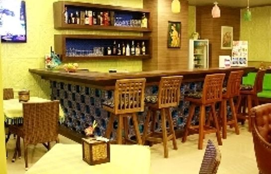 Bar del hotel Good Nice Hotel Patong
