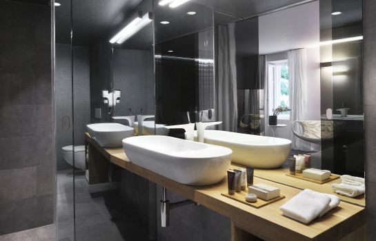 Cuarto de baño Vander Urbani Resort – a Member of Design Hotels™