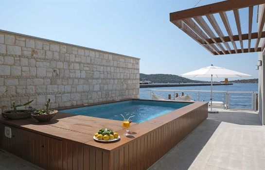 Jaccuzi The Doria Hotel Yacht Club Kas