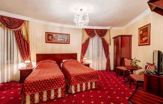 Double room (standard) Pałacyk Otrębusy Business & Spa