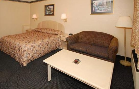 Suite SUPER 8 RALEIGH