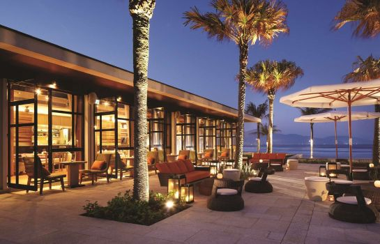 Restaurant Hyatt Regency Danang Resort and Spa