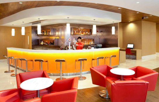 Hotel-Bar ibis Hong Kong Central & Sheung Wan