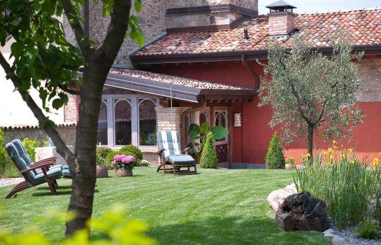 Boutique Hotel Villa Dei Campi In Gavardo Hotel De