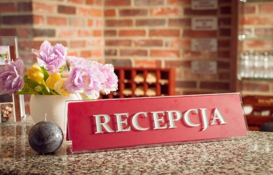 Recepción Hotel Hugo Business & SPA