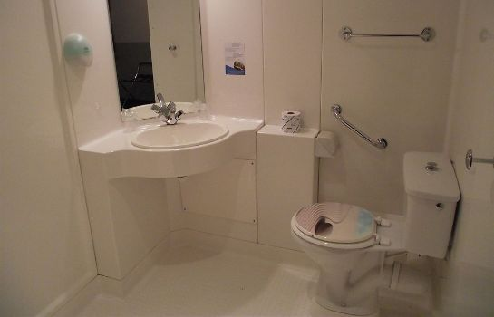 Bagno in camera Quick Palace Le Mans Nord St Saturnin