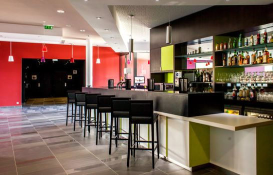 Bar de l'hôtel Holiday Inn Express MONTPELLIER - ODYSSEUM