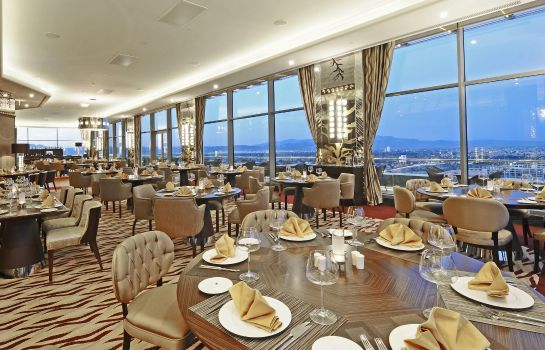 Restaurant Crowne Plaza BURSA