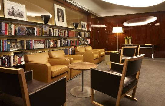 Sala de reuniones Bulgari Hotels & Residences London