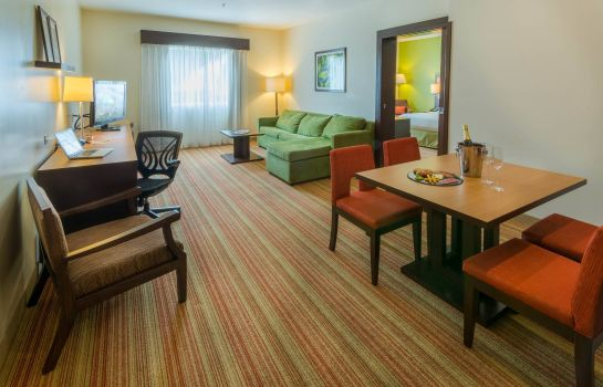 Suite Courtyard San Jose Airport Alajuela