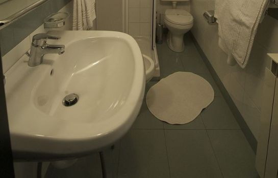 Bagno in camera Hotel Tirreno