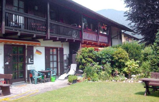 Garten Alpine Holiday Apartments
