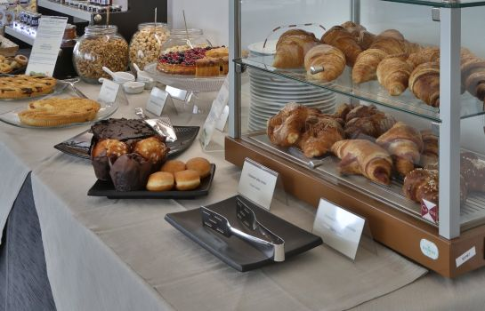 Buffet prima colazione Best Western Plus Modena Resort