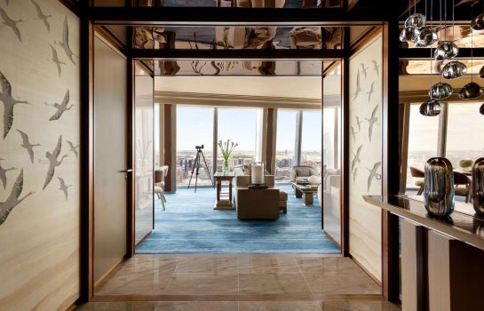 Suite Shangri-La at The Shard London