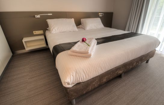 Utopia hotel masnuy saint jean jurbise great prices at hotel info double room standard utopia hotel solutioingenieria Gallery