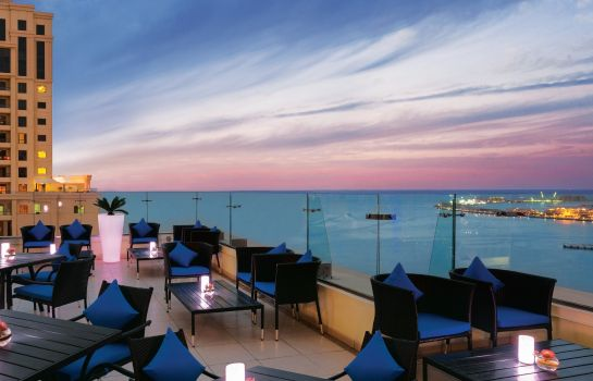 Terrace Ramada Plaza Jumeirah Beach