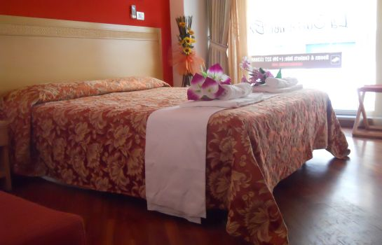 Suite Junior Catania Crossing B&B Rooms & Comforts