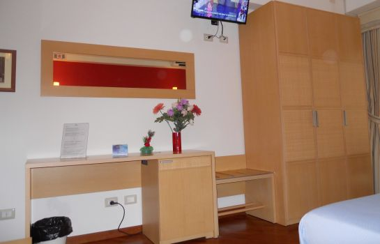 Dreibettzimmer Catania Crossing B&B Rooms & Comforts