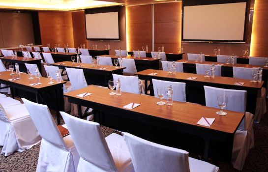 Zimmer Quest Cebu Hotel and Conference Center
