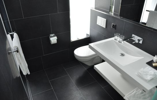 Bagno in camera City West Chur Hotel & Restaurant