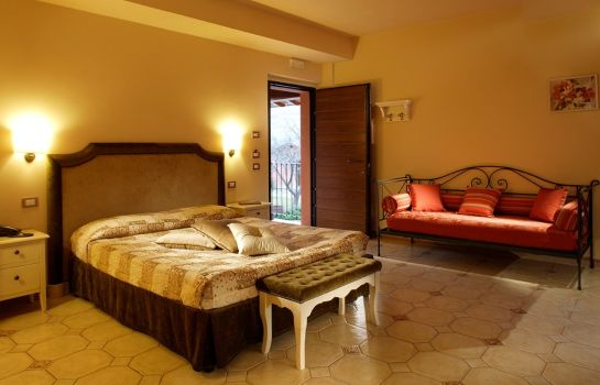 Four-bed room Tenuta del Perugino
