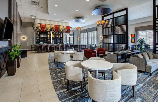 Bar del hotel Embassy Suites by Hilton Columbus Airport