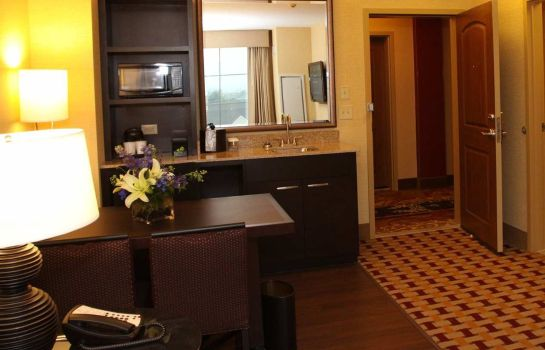 Hotel-Bar Embassy Suites by Hilton Columbus Airport