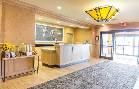 Hall Hampton Inn & Suites Dodge City KS