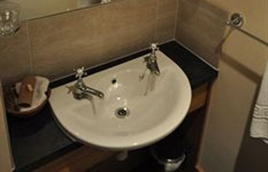Bathroom Northover Manor Hotel