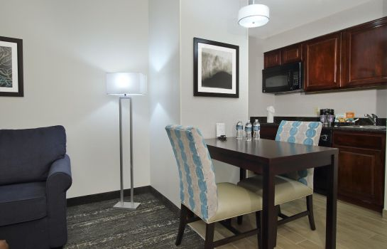 Hotel bar Homewood Suites by Hilton FtLauderdale Airport-Cruise Port