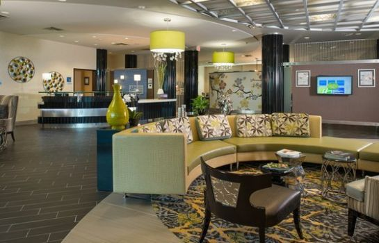 Hotel bar Holiday Inn Express & Suites KANSAS CITY AIRPORT