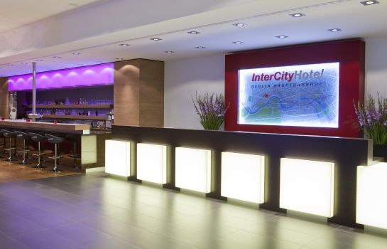 Reception IntercityHotel Hauptbahnhof