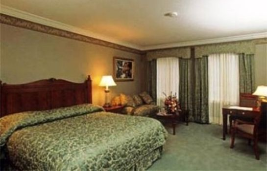 Suite Copperfield Inn Resort