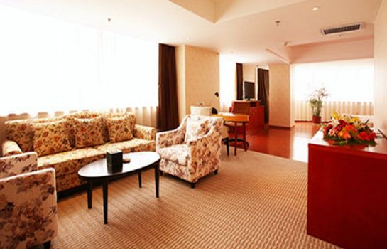 Junior Suite Iris Orchard All Suites