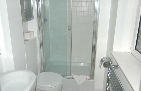 Bagno in camera Access Apartments Camden