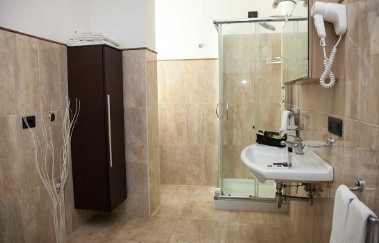 Bagno in camera 4 Spa Resort Hotel