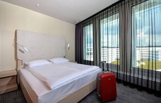 Double room (superior) Sound Garden Hotel Airport