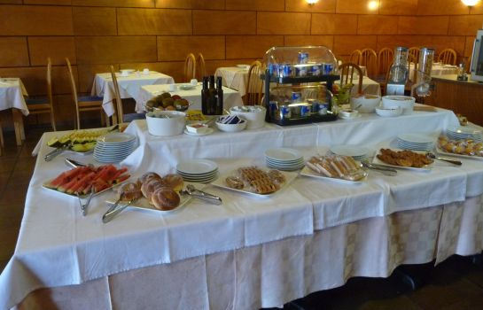 Breakfast buffet Atalaya I