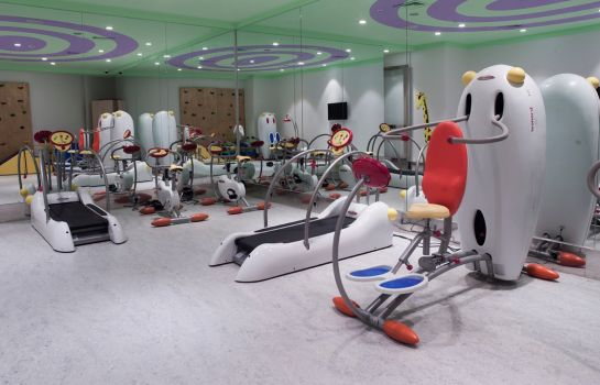 Sports facilities Wyndham Grand Istanbul Kalamis Marina Hotel