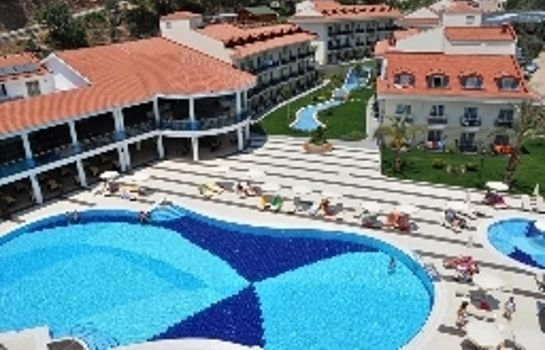 Vista exterior Montebello Resort & Spa – All Inclusive